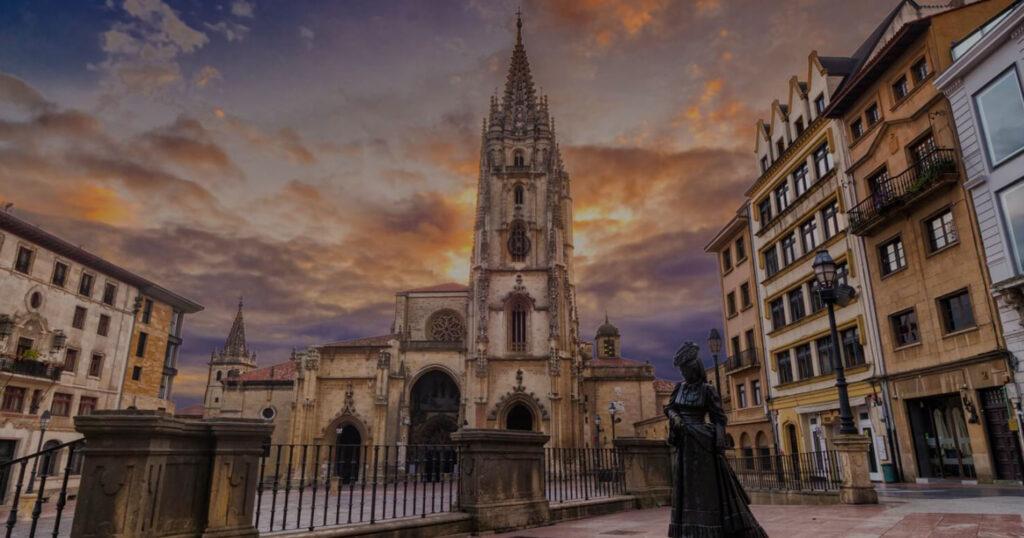 Discover Asturias. <br/> Oviedo